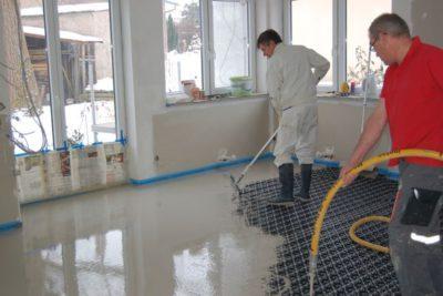 Einbau eines Dünnestriches auf Fußbodenheizung Minitec – Gesamtaufbau ca. 17 mm
