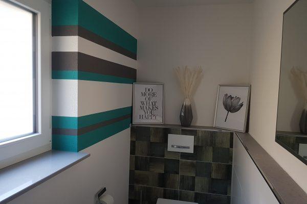 Wandgestaltung Streifen in zwei Farben